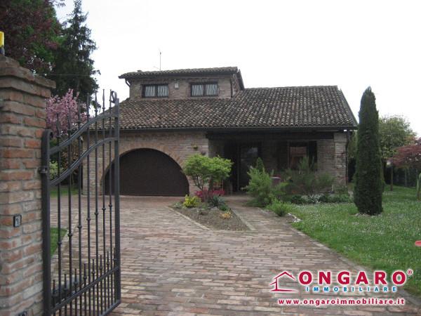 Villa monopiano a Copparo (Fe) loc. Ponte San Pietro