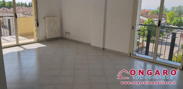 Centralissimo appartamento due letto al 3° piano a Copparo (FE)