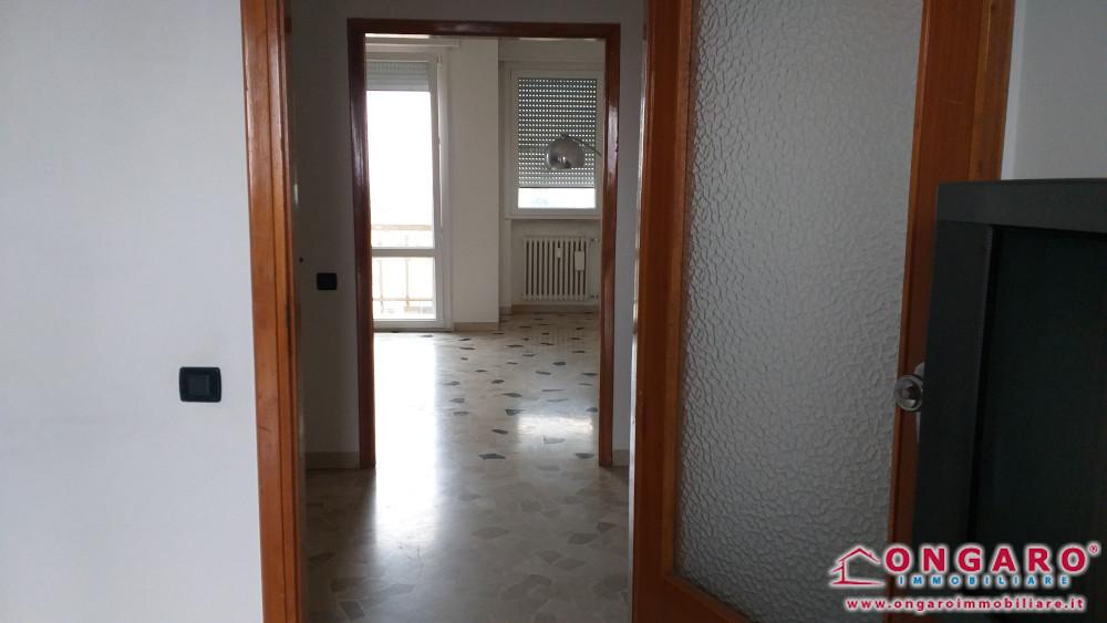 Centralissimo appartamento in buono stato a Copparo (Fe)