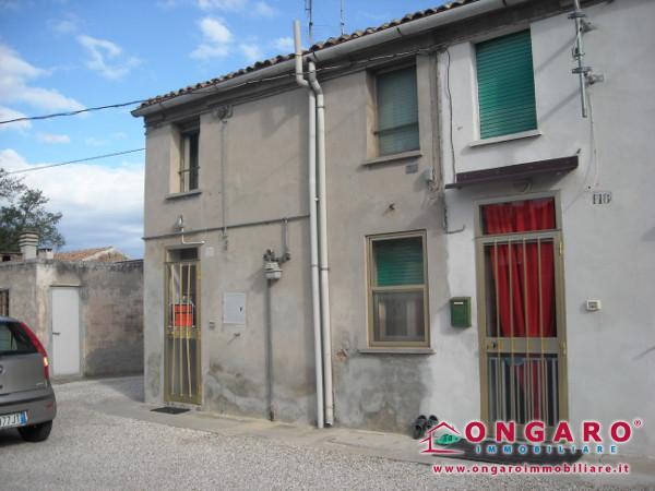 Piccola porzione di casa a Tamara di Copparo (Fe)