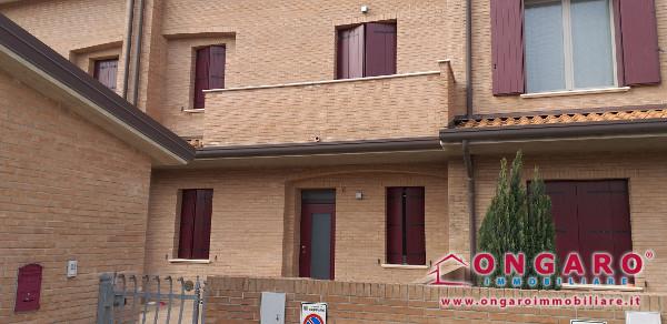 Villetta a schiera di recente costruzione a Copparo (Fe)