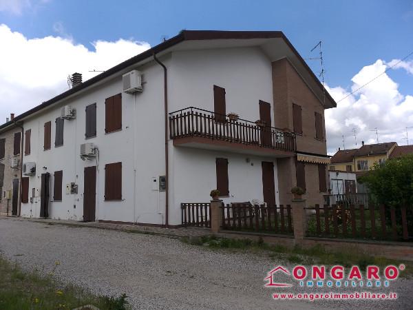 Porzione di casa a Tamara di Copparo (Fe)