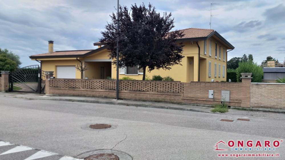 Villa di recente costruzione a Copparo (Fe)