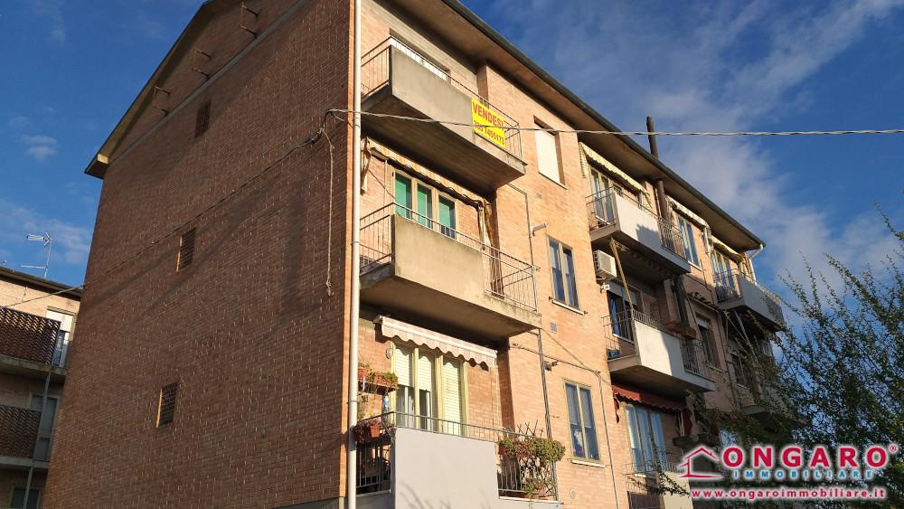 Appartamento con garage e cantina a Denore (Fe)