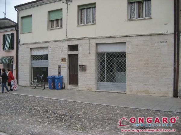 Centralissimo negozio a Copparo (Fe)